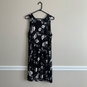Old Navy black and white floral sleeveless jersey swing dress XL